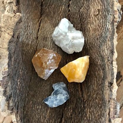 calciet ruwe brokjes seje nr3 mineralen