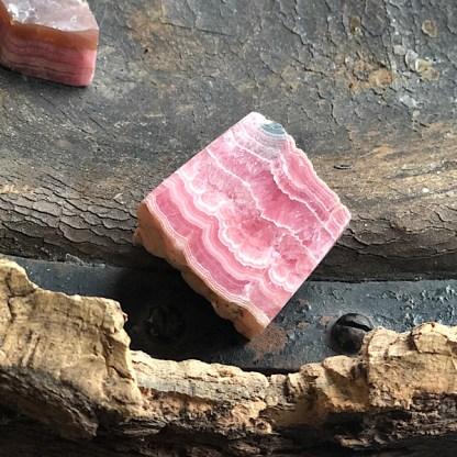 rhodochrosiet gepolijst de schatkamer mineralen