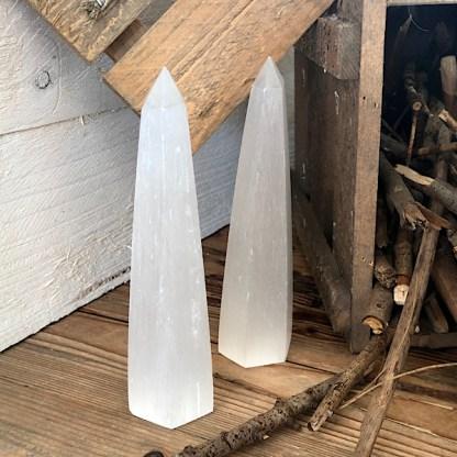 seleniet punt obelisk wit oranje mineralen