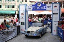 Bauer Andreas und Maria auf Borgward Isabella Coupe BJ 1958