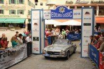 Hohenstein Detlef und Silvia auf Mercedes 190 SL BJ 1959