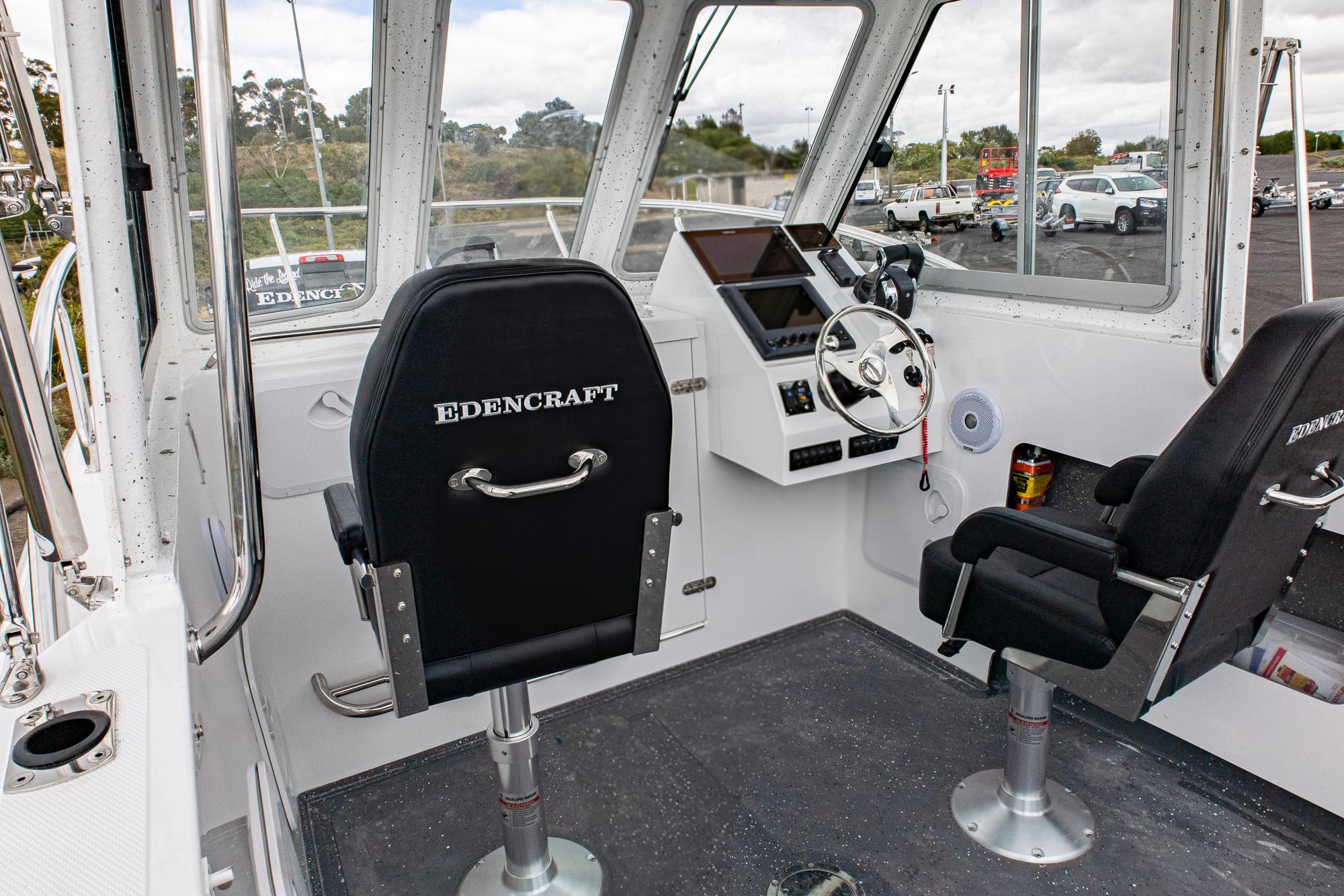 Edencraft 233 Formula dash and deck layout