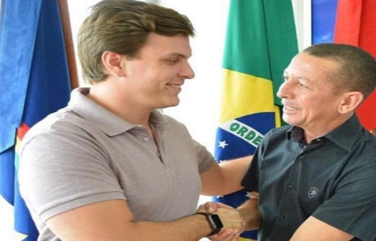 Aliado de primeira hora, líder do governo Aero Cruz segue forte como o  candidato do prefeito Miguel Coelho à presidência da Câmara de Petrolina  (PE) – Blog Edenevaldo Alves