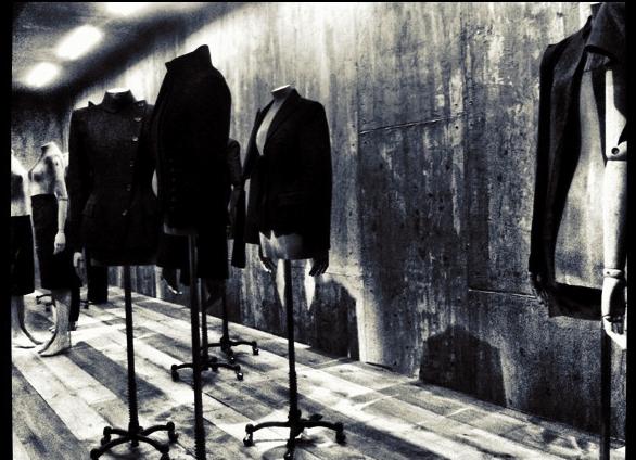 Alexander McQueen Exposición