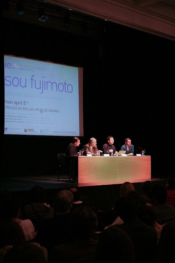 ARCHITEC conferencia Jou Fujimoto 071.jpg