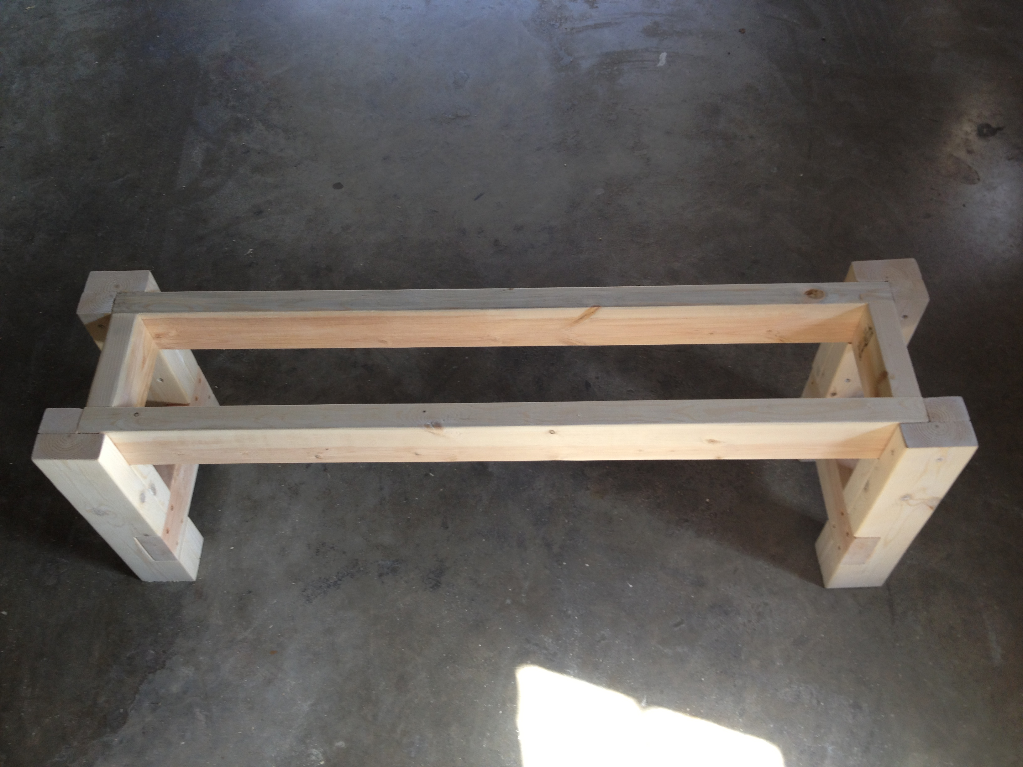 Farmhouse bench woodworking plans woodshop plans - Testing The Bench Support For Fit And Squareness Before Gluing And Screwing