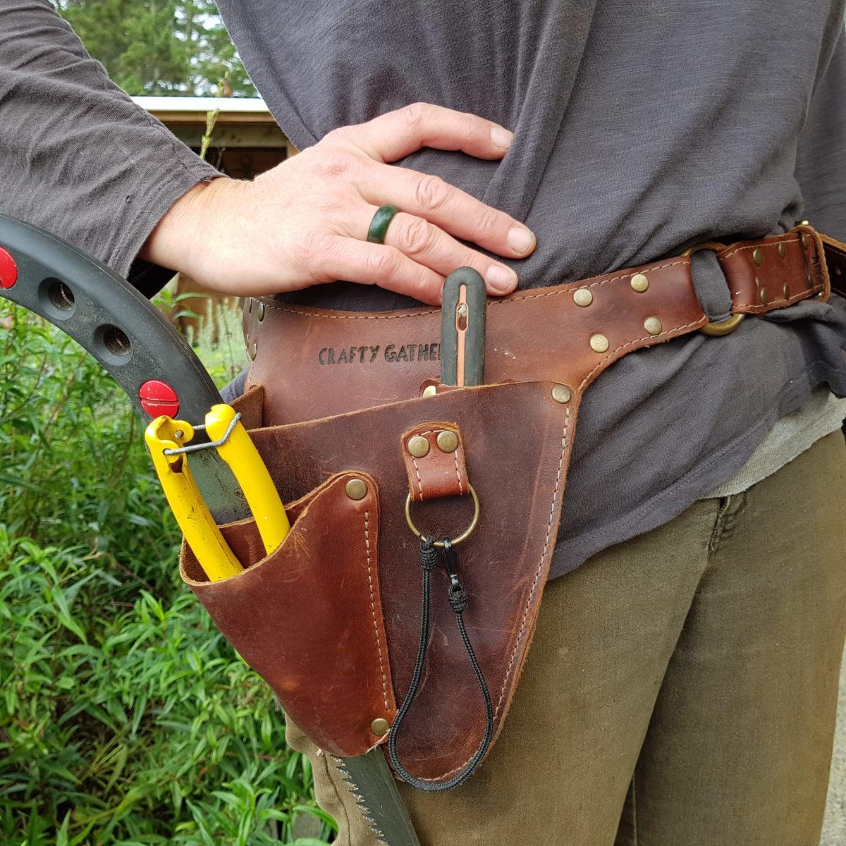crafty gatherer tool belt ediblebackyard nz