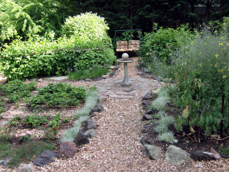 Garden Design Ideas For The Edible Landscape Edible Landscaping