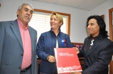 Testimonio de artistas de Alto Hospicio en libro Bicentenario