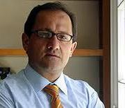Ministro de Educación tras petición de cierre de U. del Mar asegura que apoyaran a los alumnos