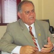 Ministerio de Educación promueve becas para estudiar en Brasil