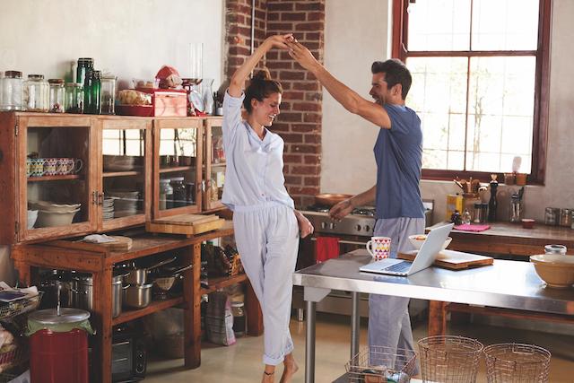 Las personas felices… ¡Disfrutan de su casa!
