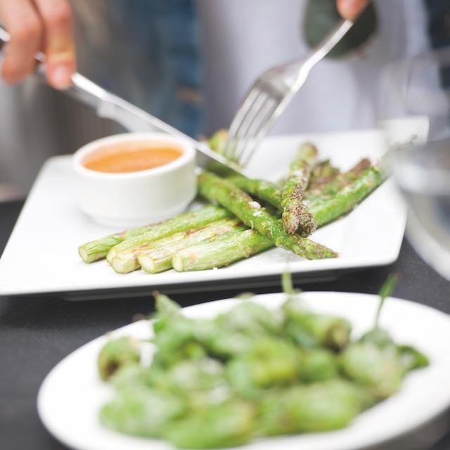 Alimentos depurativos 15. Espárragos verdes
