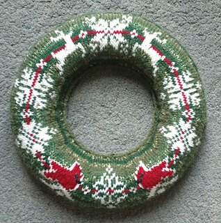 Christmas Jumper Wreath Red Cardinals