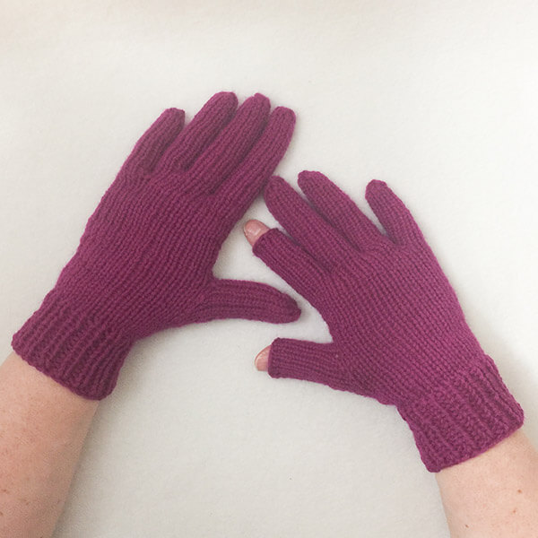 No-Gauge Custom-Fitted Knit Gloves