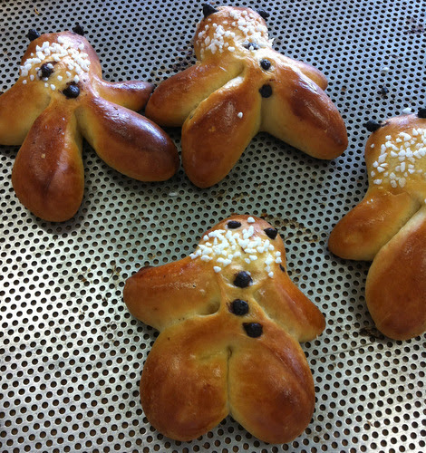 Menems - A Christmas speciality from Alsace. Rather unseasonal, but aren't these lovely? They are a traditional bake from Alsace, made at Christmas time from brioche dough