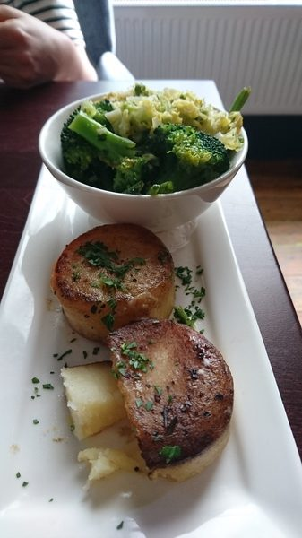 Fondant potatoes and green veg No 11 Brunswick St