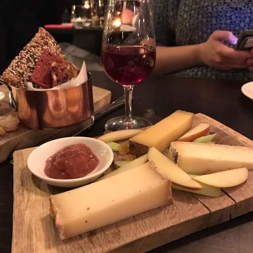Iain Mellis cheese plate