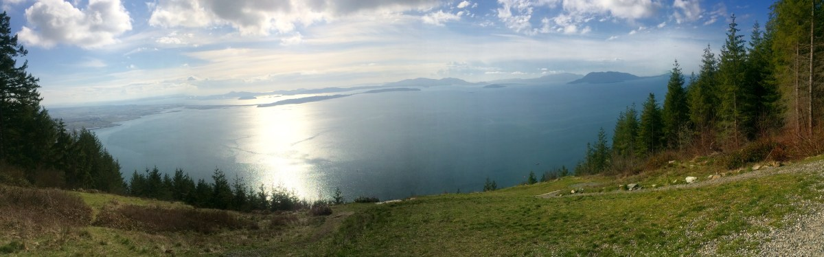 The view of the Skagit Valley and the San Juan Islands from Samish Overlook