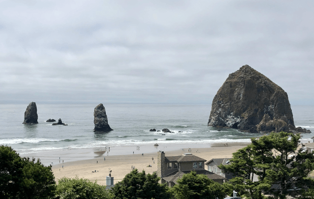 Family reunion Oregon Coast Seaside Cannon Beach Haystack Rock