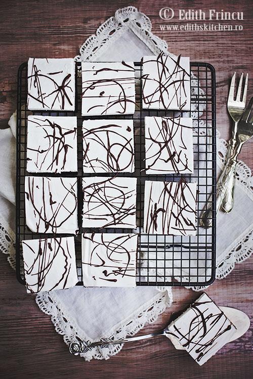 prajitura-cu-mousse-de-cocos-si-ciocolata