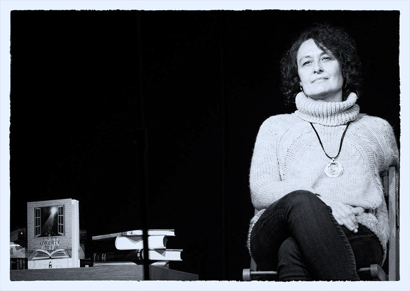 Entrevista a Aguas sobre el libro Qwerty de Editorial Stenella