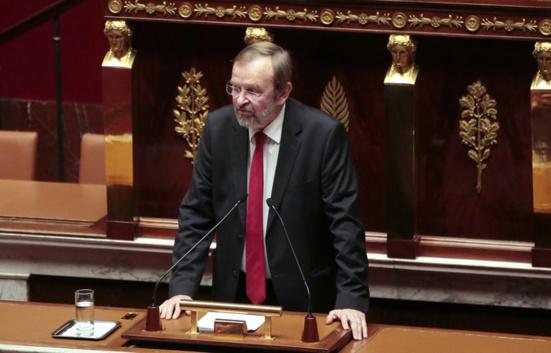 Jean-Jacques Candelier (PCF) propose d'étudier la mise en place d'une «immunité ouvrière»