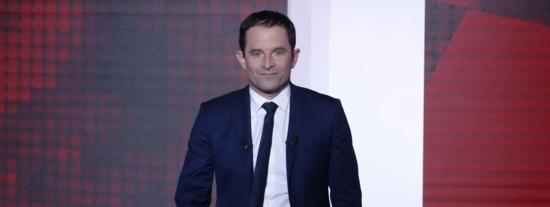 Benoît Hamon soutient le candidat PCF Michel Nouaille contre Manuel Valls dans l'Essonne