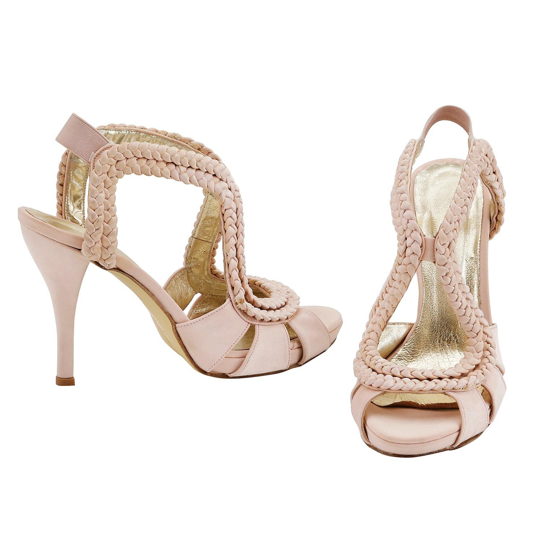 d6bf0ec6a7 27 Νυφικά παπούτσια για να νιώσεις βασίλισσα! – Kliktv.gr