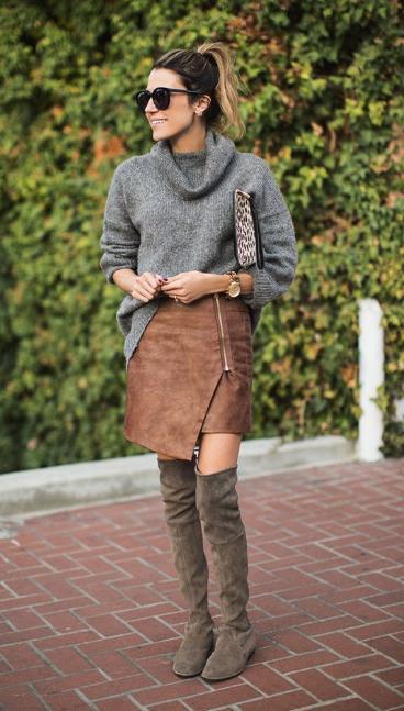 Όσο και αν απόρησες πως μπορεί το πουλόβερ σου να ταιριάξει με μια φούστα e8f8ce8b1af