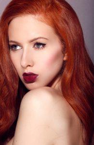 xroma lipstick kokkina mallia