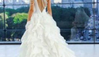 4272bede76b8 31 Νυφικά φορέματα Pronovias για το 2018! – Kliktv.gr