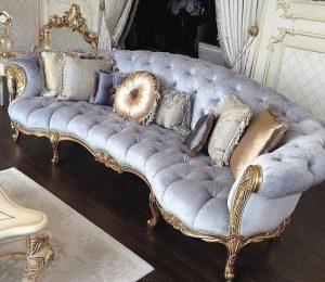 λιλά βελούδινος καναπές