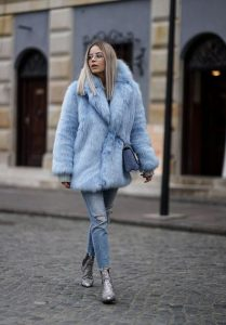 baby blue γούνα τζιν παντελόνι
