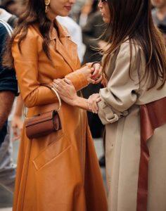 παλτό σε ουδέτερες αποχρώσεις