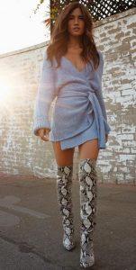 ψηλές animal print μπότες ντραπέ φόρεμα