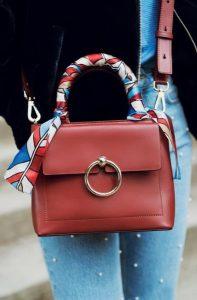 μπορντό τσάντα