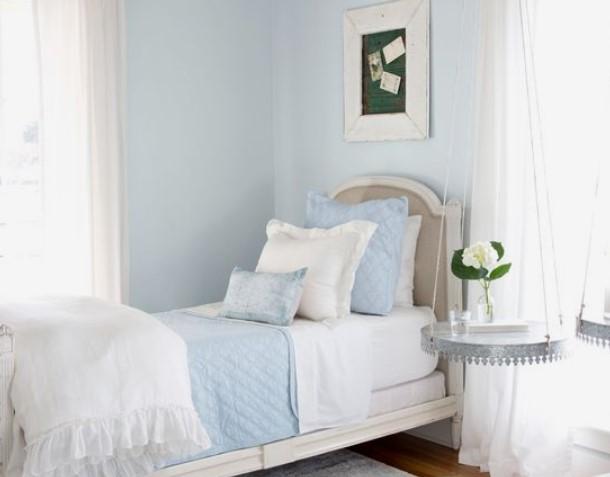 απαλό μπλε τοίχοι κρεβατοκάμαρα