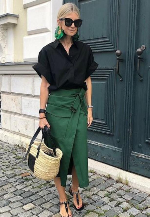 ντύσιμο με φούστα και πουκάμισο