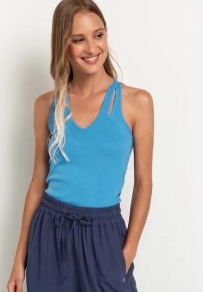 γαλάζιο μπλουζάκι με ανοίγματα καλοκαιρινά ρούχα toi moi