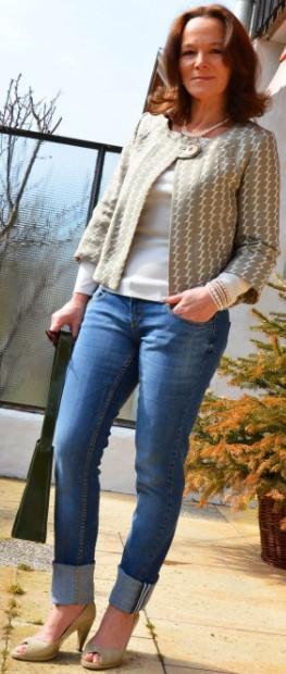 τζιν παντελόνι με πουά σακάκι