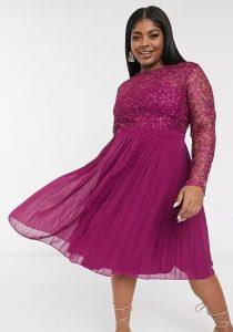 φόρεμα σε άλφα γραμή