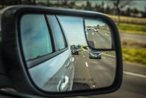 καθρέφτης αυτοκινήτου