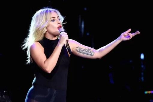 Lady Gaga - Starbucks