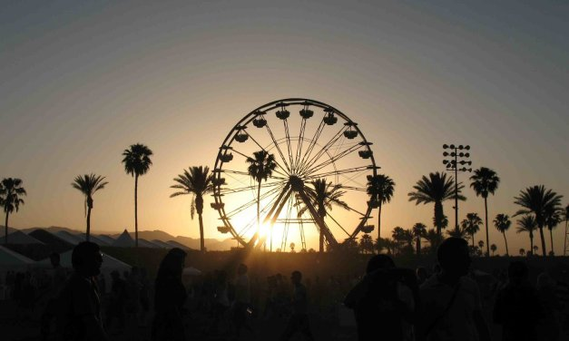 The Essential Coachella Camping Guide || 2017 Edition