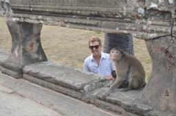 Brant photobombing a Monkey