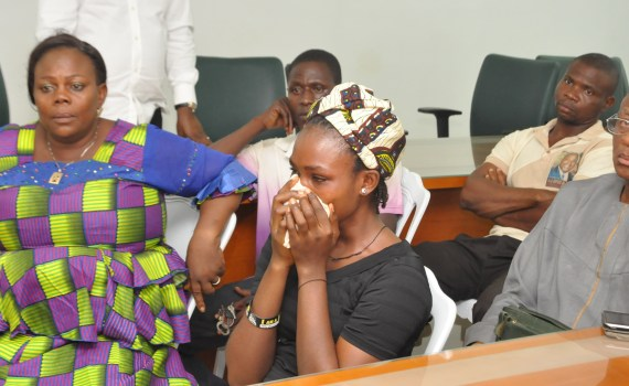 Miss Ruth Okojie (middle), fiancée of the allegedly slain David Okoniba, testifying before the Justice Joseph Olubor-led Administrative Panel of Inquiry on the situations surrounding the death of the father of her two children, in Benin City, on Thursday, February 15, 2018.