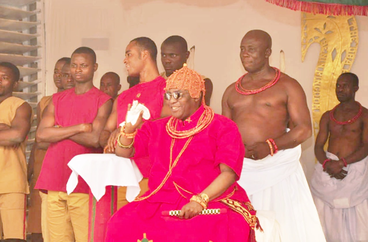 Igue Festival: Edo govt delegation visits Oba Ewuare II at Ugie Ewere ceremony