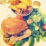 Les Burgers se Tapent l'Incruste au Paradis du Fruit