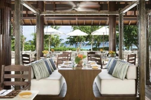 voyageur du monde seychelles voyage de noces restaurant